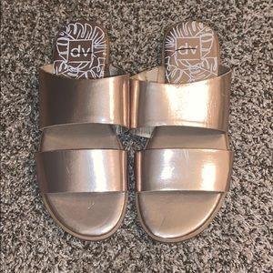 Gold dv Sandals